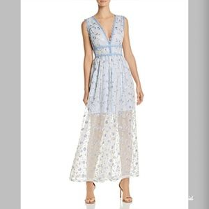 NWT Aqua Womens Lace Trim Embroidered Maxi Dress
